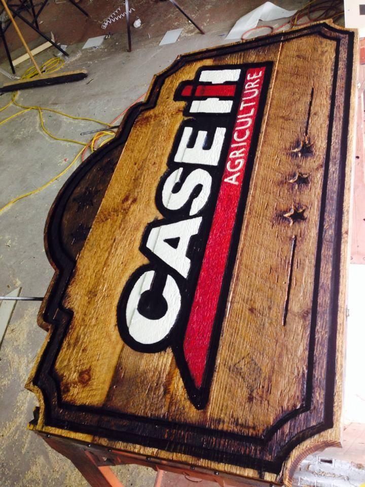 Enseigne ext rieure en bois pour case ih duo for Case en bois